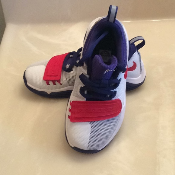 buy popular b1fae ed36d Nike PG 1 New in Box half price sale on all shoes